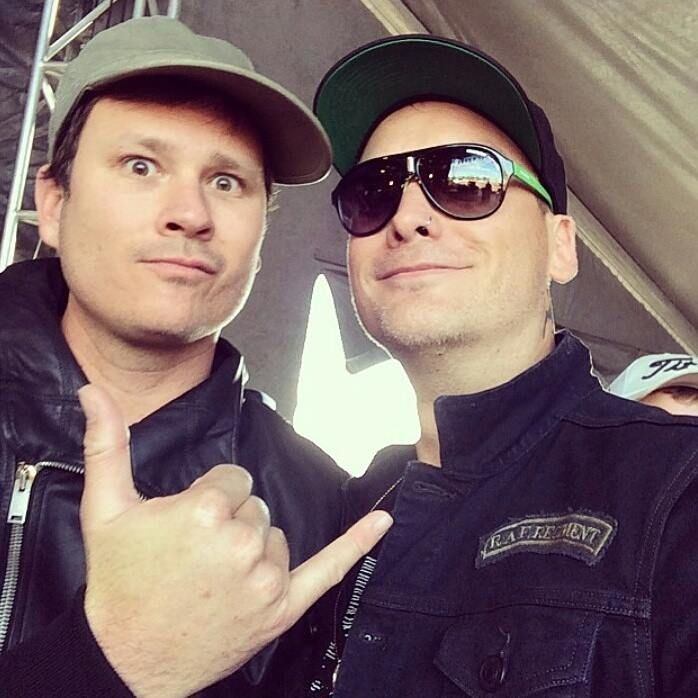 One of my all time favorite photos. Matt Skiba & Tom DeLonge.