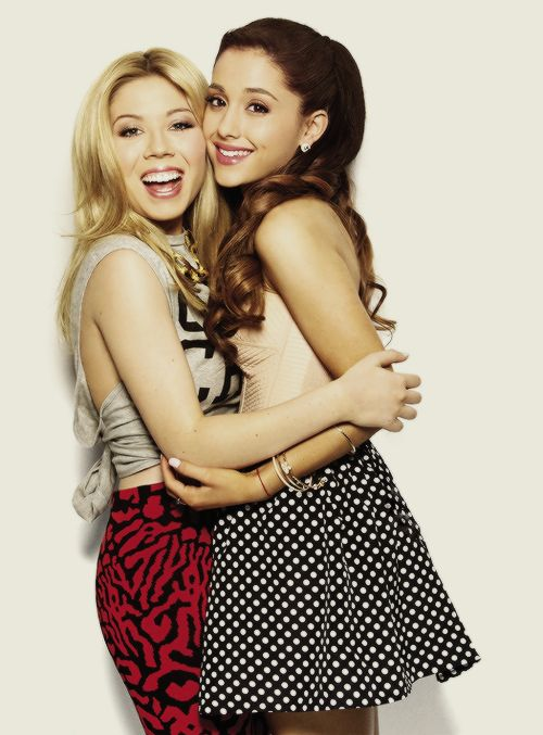 Ariana Grande & Jennette Mccurdy they look like sisters ohh so cute