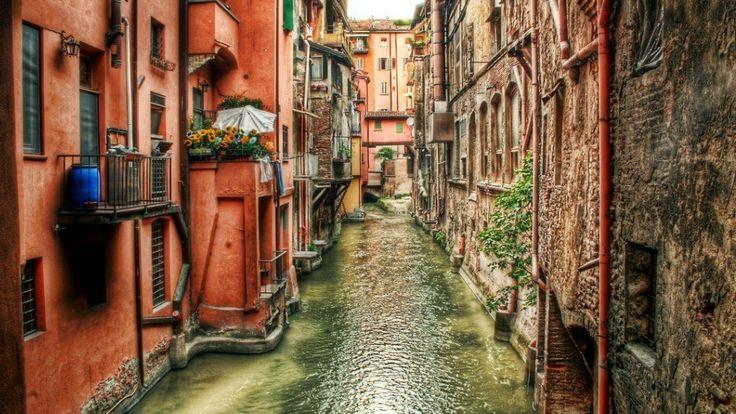 Bologna Copyright Paolo Margari Bologna European Best Destinations - Copyright www.bolognawelcome.com #Bologna #ebdestinations #travel #Europe