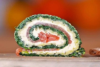 http://www.chefkoch.de/rezepte/1167271222786614/Lachsrolle-mit-Spinat.html