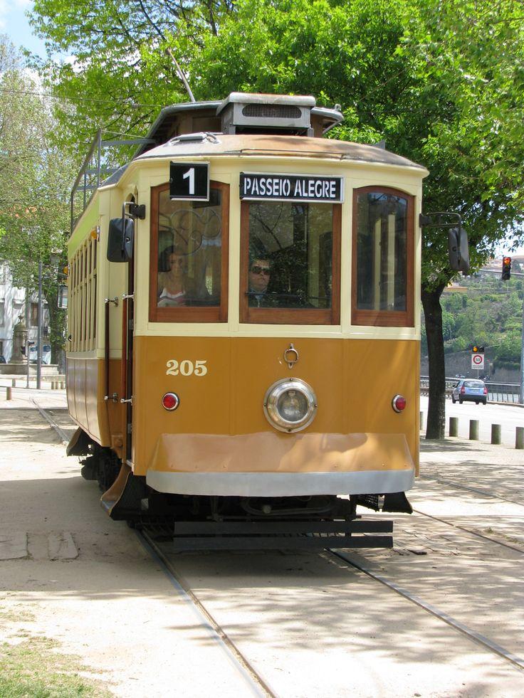Eléctrico 1 Passeio Alegre, Porto