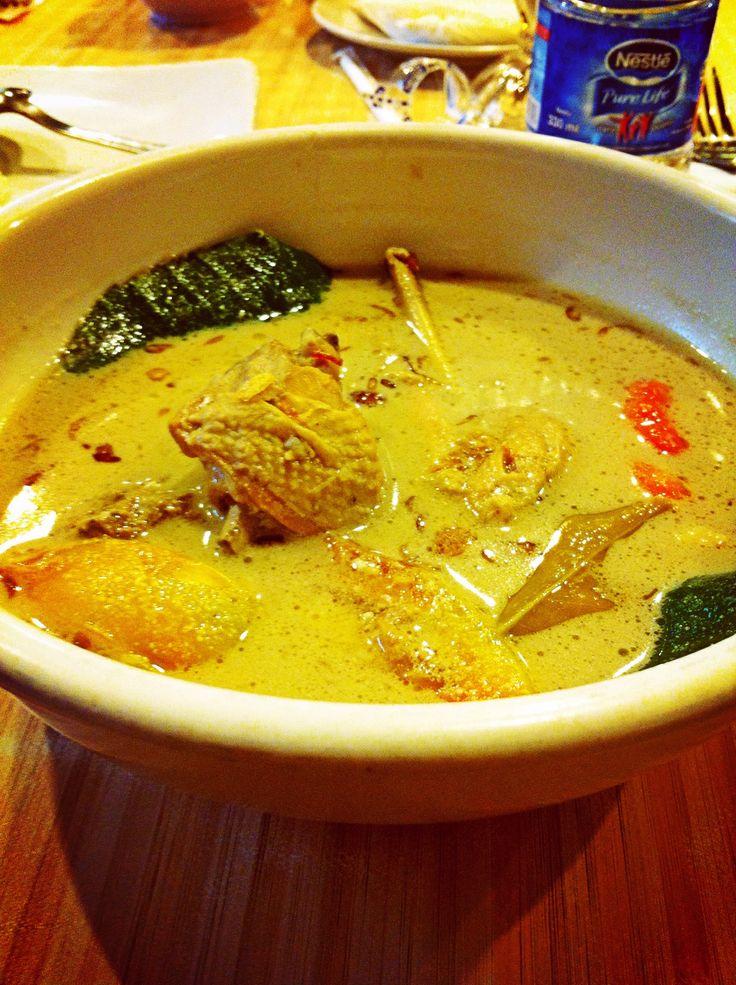 Garang Asem | west Java's food | chicken curry, tomatoes, lemon