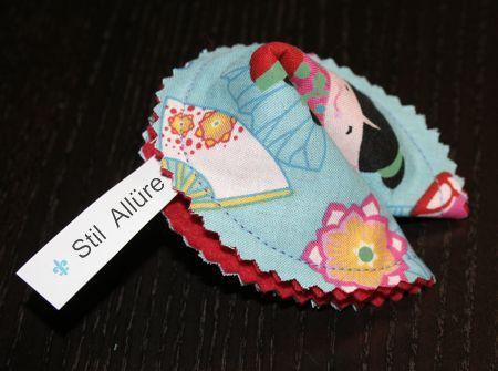Glückskekse nähen und entweder als Deko verwenden, oder als Geschenk mit Spruch, Glückwunsch oder Geld bestücken - toll als Hochzeitsgeschenk, Geburtstagsgeschenk, nett verpacktes Geldgeschenk