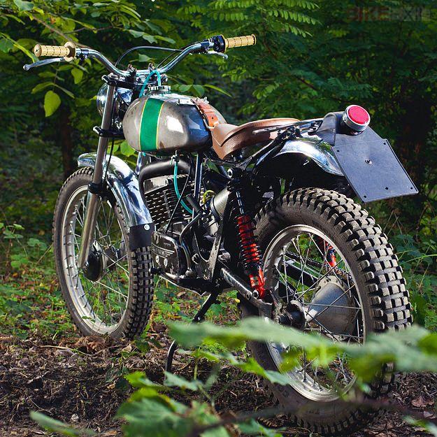 Uno de los placeres de gestionar Bike Exif son los tropiezos ocasionales por oscuras marcas de motos antiguas. Como esta máquina. Es una SWM, una fábrica italiana que hacía motos de trial, endu…