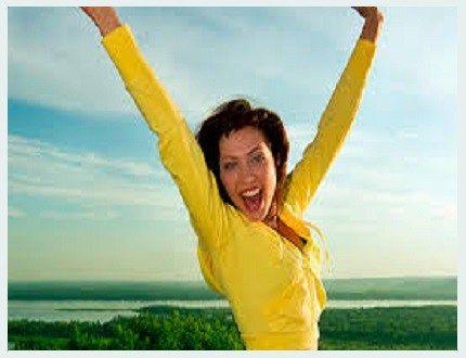 Serotonine is een sleutel-neurotransmitter die stemming, slaapkwaliteit, energieniveau en veel meer bepaalt. Stress, angst en verkeerde voeding zijn een paar factoren die het serotonine niveau verlagen. Gelukkig is het 'gelukshormoon' met de juiste voeding ook te verhogen. Heel eenvoudig zelfs: onderstaande voeding en smoothies helpen het serotonine niveau te verhogen. Factoren die serotonine niveau verhogen …