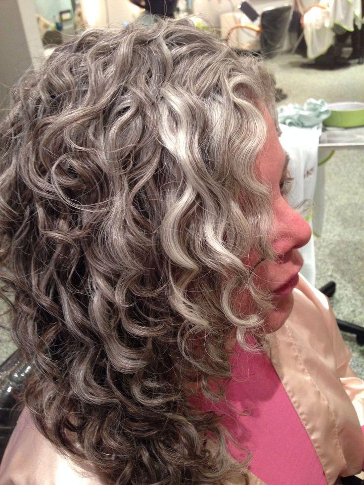 curly gray hair ideas