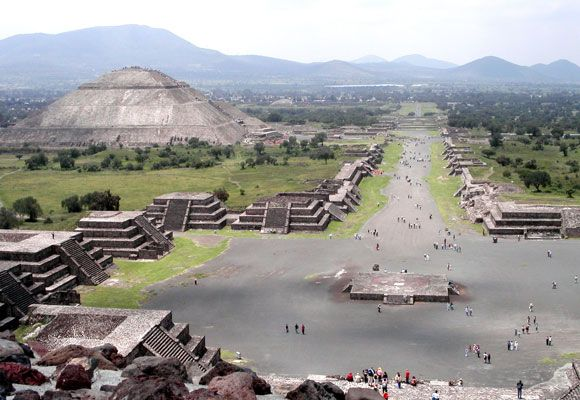 Tunnel found under Teotihuacan Temple in Mexico