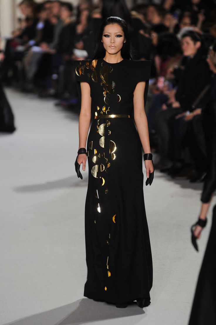 Black dress gold belt - Gold Embellished Black Dress Gold Metal Belt St Phane Rolland Couture Spring 2012