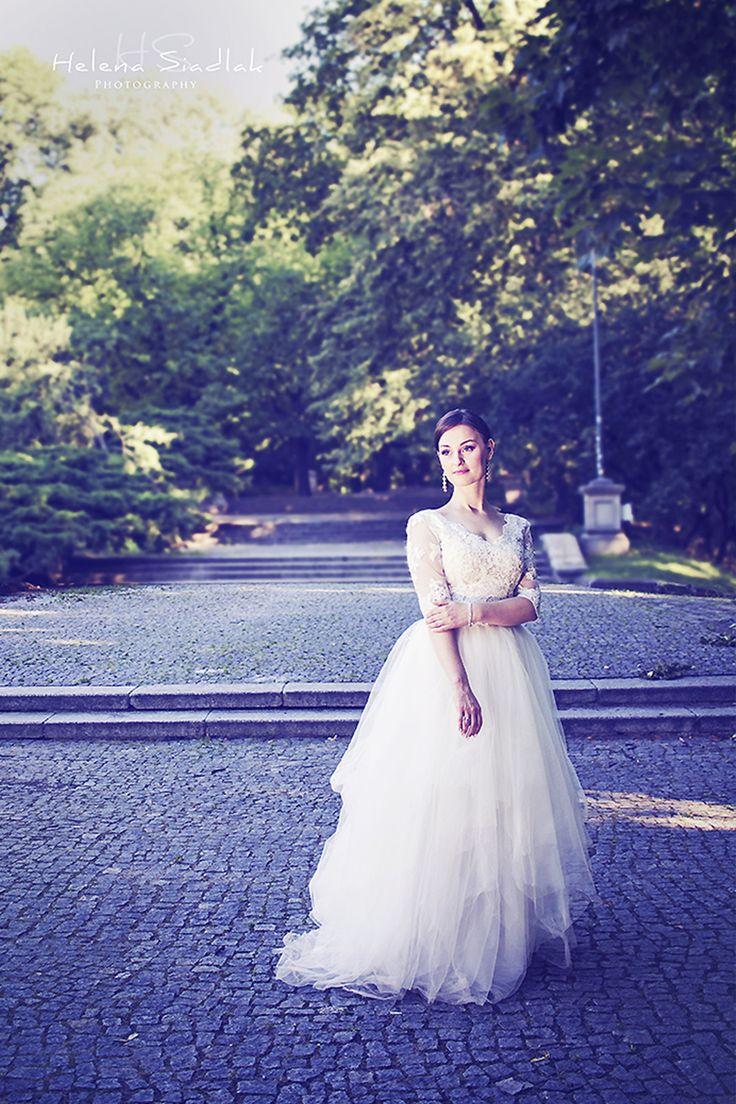 https://www.facebook.com/hellu.studios Photos / Graphics / Helena Siadlak    Princess!  Wedding Photography / Couple Photoshoot / Love Photos
