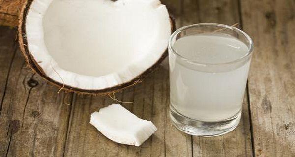 Beaucoup de gens affirment que l'eau de coco a un effet magique sur notre santé. Vous avez peut-être entendu parler de l'huile de noix de coco et des avantages qu'elle offre. Dans cet article, vous apprendrez à connaître les plus grands bienfaits de l'eau de coco dont vous pouvez ne jamais avoir entendu parler. L'eau …