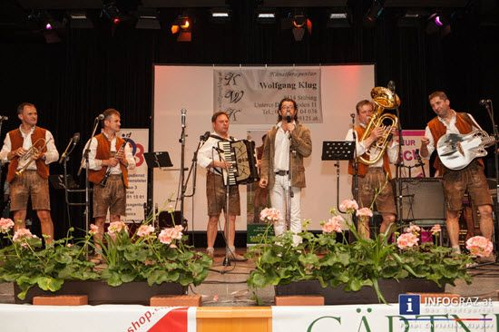 Bilder aus dem Kultursaal Gratkorn: Benefizkonzert zugunsten behinderter Menschen   #Bilder, #Kultursaal #Gratkorn, #Benefizkonzert #behinderte #Menschen, #musikalische #Gäste, #Moderator #Bernd #Pratter, #Lechner #Buam, #Oberkrainer #Kameraden, #Slowenien, #Lungauer #Salzburg, #Ansambel #NEMIR, #Heimatland #Quintett, #Oberkrainer #Skorpioni, #Ensemble #Osttirol, #Solo-Trompeter #Toni #Maier