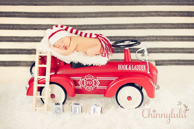 #4daysold #newbornphotography #ocnewbornphotographer #ocnewbornphotography #chinnylulu #chinnylulunewbornphotography #newbornpose #crochethat #firetruckprop