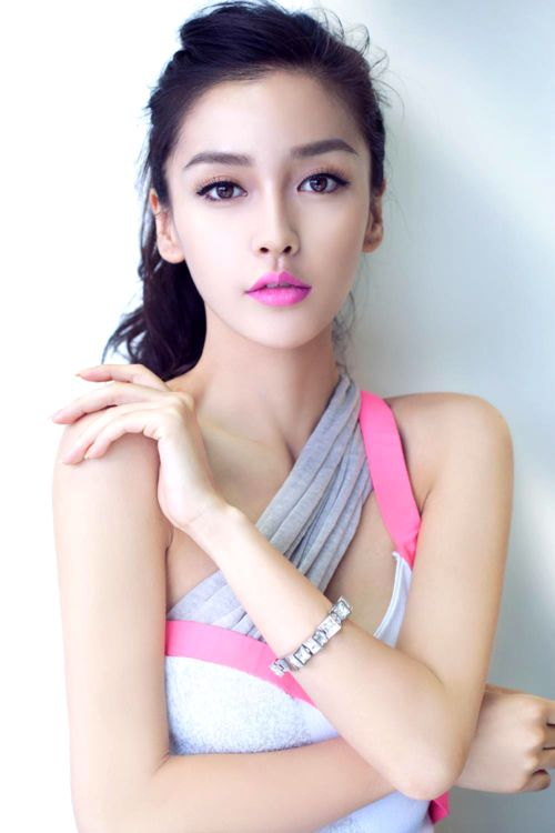 Angelababy - bright pink w/ a tan and a slightly messy pony.