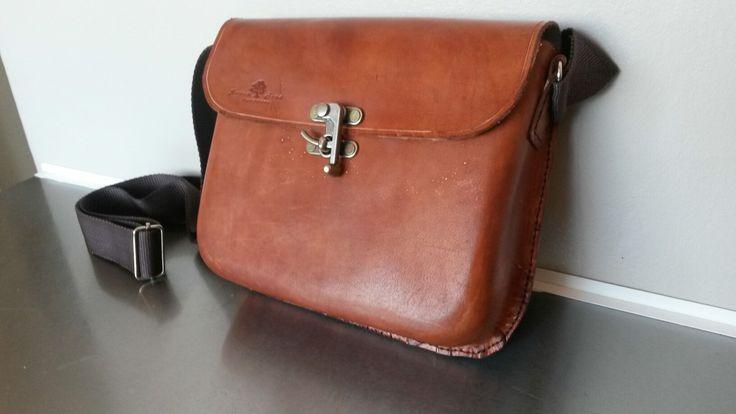 Leather moulded bag