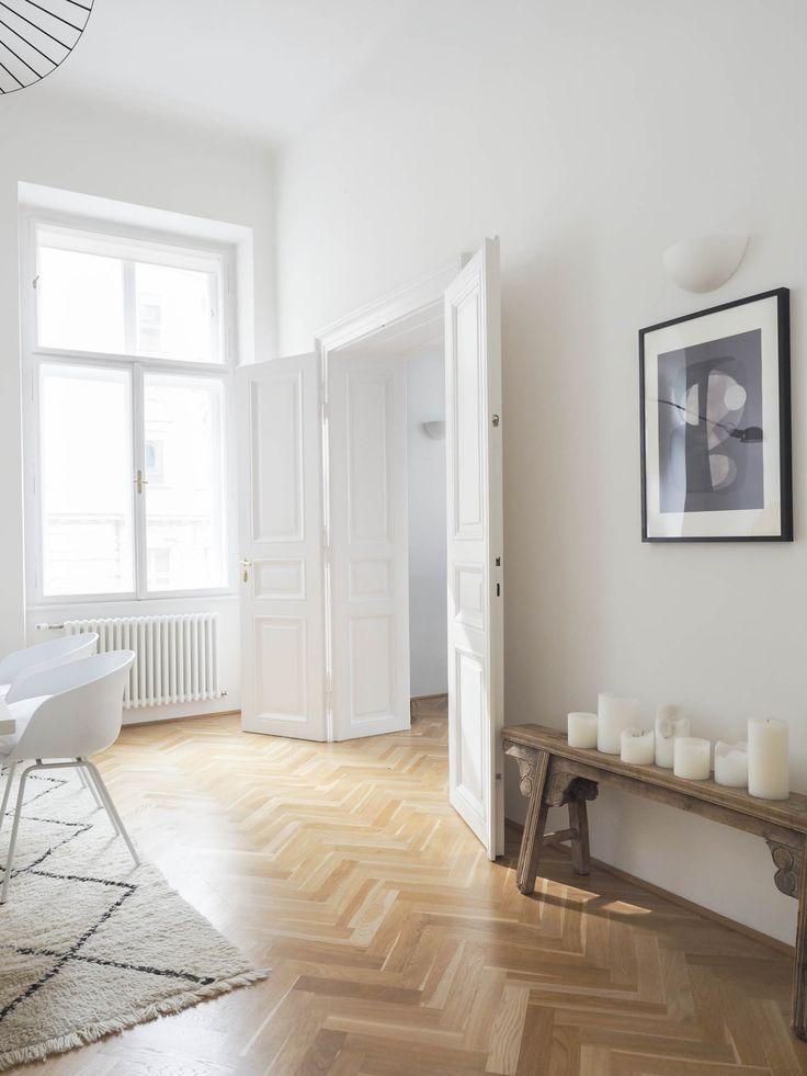 Lifestyle und interiortrend slow living und minimalismus wohnzimmer einrichtungsideen - Wohnzimmer minimalistisch ...