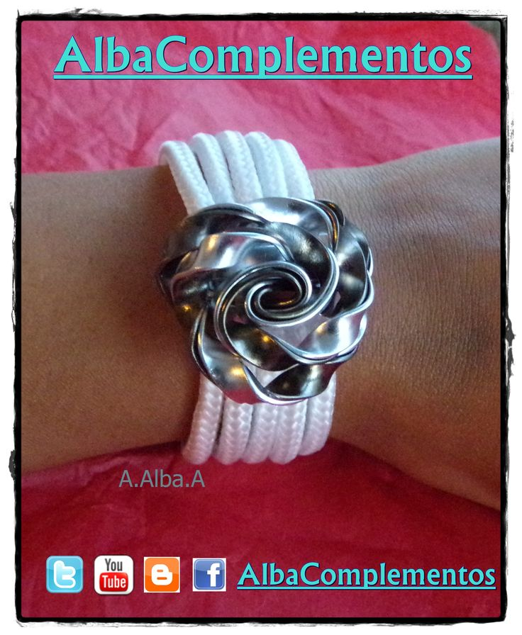 #pulsera #hechoamano #handmade #AlbaComplementos #accesorios #bisuteria #alambre #marron #plateado #blanco #rosa #complementos
