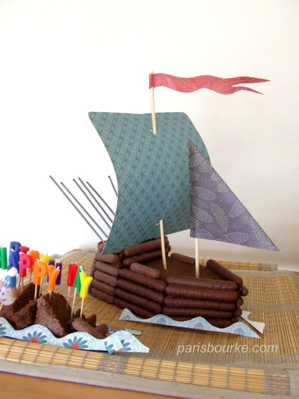 Pirates / Boat cake and treasure hunt map