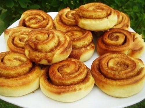 Cinnamon rolls (rotolini alla cannella)