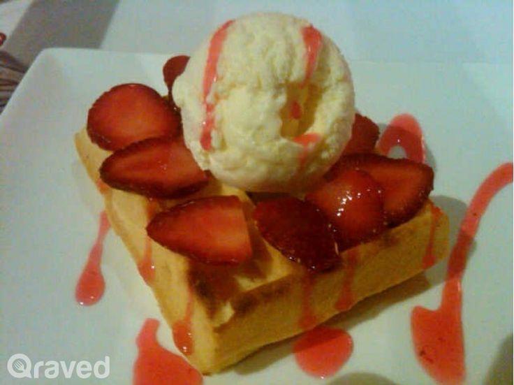 Fruit Ice Cream at Comic Cafe Tebet
