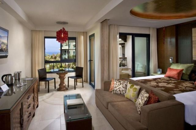 (Credits: TripAdvisor)  Best hotels in the Canary Islands (TripAdvisor)  7. RedLevel at Gran Melia Palacio de Isora, Guia de Isora, Tenerife (For real luxury, this adults-only oceanfront complex offers a personalised butler service in all rooms. The outdoor pool has Balinese beds and hydromassage loungers. Each room has a private terrace with ocean or garden views. Visit melia.com for more.)
