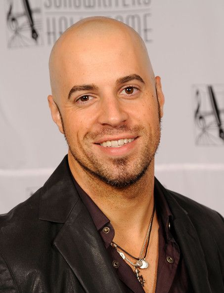 Chris Daughtry Photos Photos - Singer Chris Daughtry attends the 40th Annual Songwriters Hall of Fame Ceremony at The New York Marriott Marquis on June 18, 2009 in New York City. - 40th Annual Songwriters Hall of Fame Ceremony - Cocktails and Backstage
