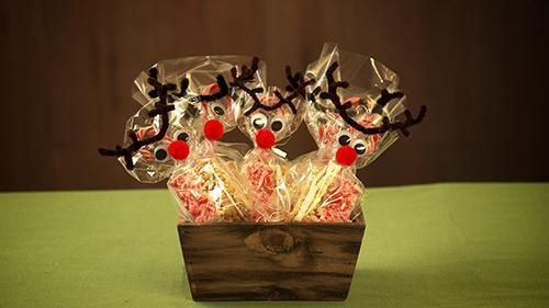 Adorable Candy Cane Reindeer Craft