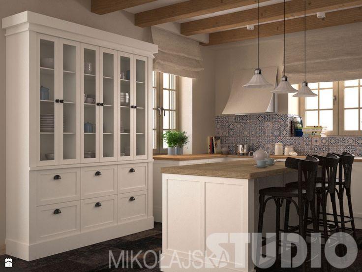 Wystrój wnętrz - Kuchnia - styl Prowansalski. Projekty i aranżacje najlepszych designerów. Prawdziwe inspiracje dla każdego, dla kogo liczy się dobry gust i nieprzeciętne rozwiązania w nowoczesnym projektowaniu i dekorowaniu wnętrz. Obejrzyj zdjęcia!