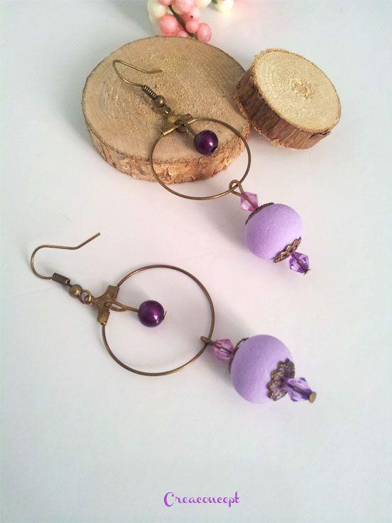 """Polymer clay earrings - Boucles d'oreilles créoles perles de porcelaine froide parme """"Marie des lavandes"""" http://www.alittlemarket.com/boucles-d-oreille/fr_boucles_d_oreilles_perles_de_porcelaine_froide_fimo_a_froid_perles_toupies_et_creoles_ton_mauve_et_metal_bronze_-17421770.html"""