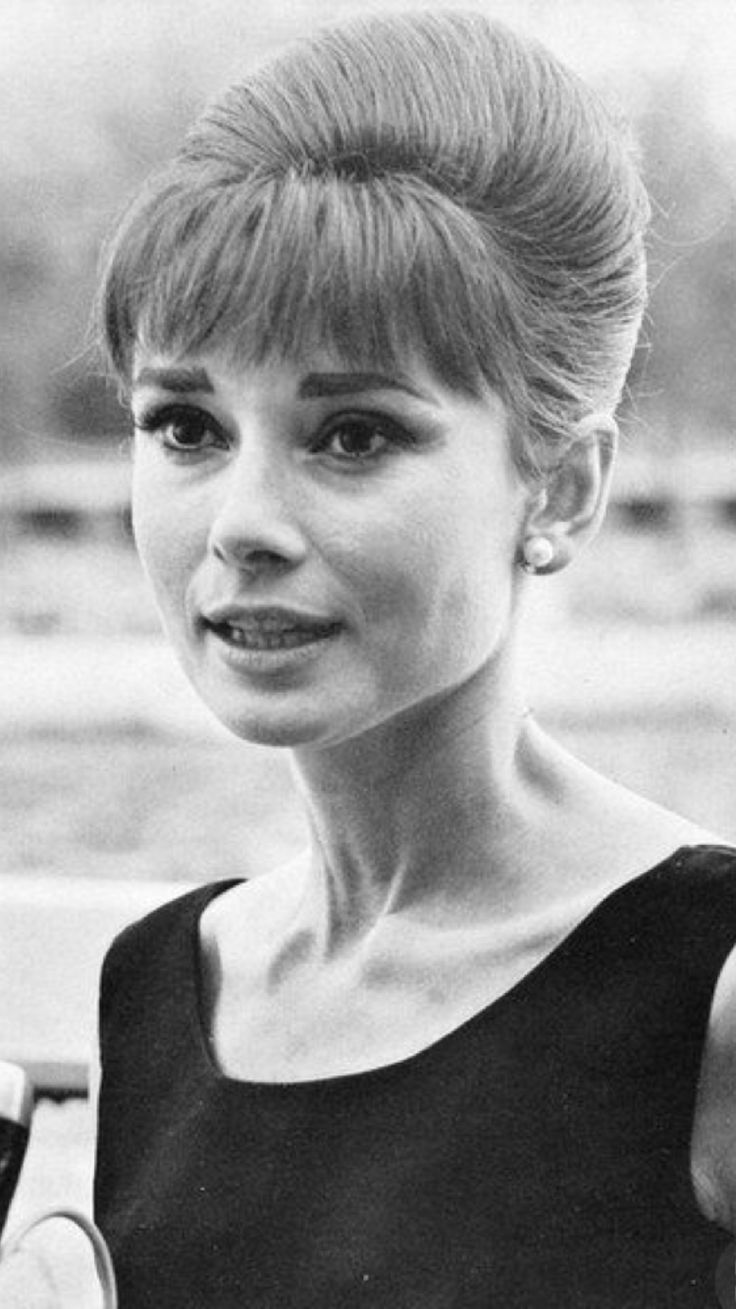 best ladies audrey hepburn images on pinterest breakfast at