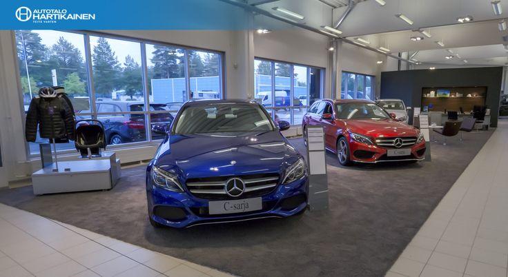 Autotalo Hartikaisen Mercedes-benz-myymälän sisustusta uudistettiin hiljattain. Hieno tuli ja tehtiin samalla 360-esittelykuva, niin pääsee virtuaalisesti kurkistamaan sisälle. 360 panoraamakuvaan pääsee Autotalo Hartikaisen sivuilta. Tai suoraan TÄSTÄ.