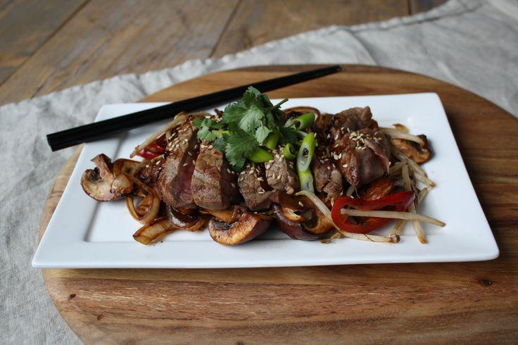 Friday Challenge: Oosterse biefstuk met groenten