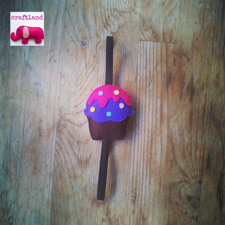 Cupcake hairband made of felt!!