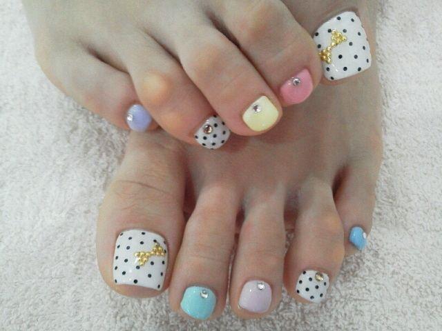 toe dots