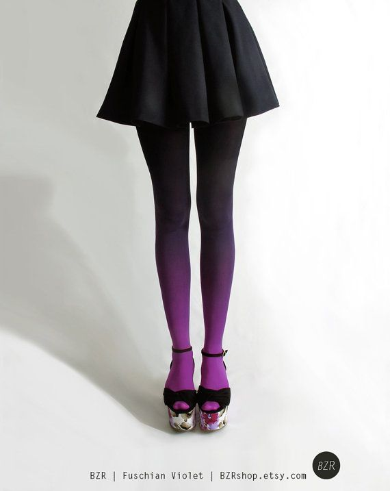 Ombre tights, autumn outfit. Check out our tips on the best tights >>> http://bit.ly/1hAbTZS