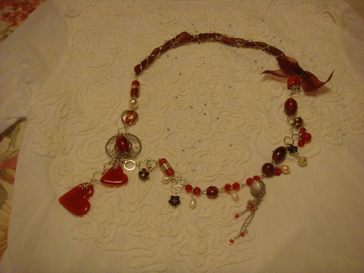 hearts necklace with resin