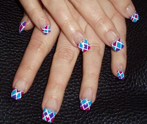 Modele unghii french colorate in 2020 | French nail art, Finger nail art, French nails
