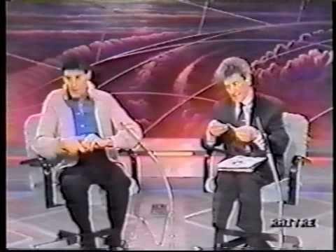 YouTube. James Randi exposes Uri Geller - part 1 of 4 pateli2008 703,864 views
