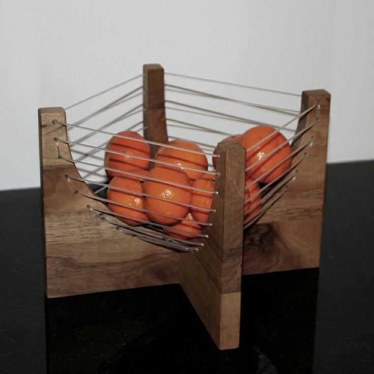 Venilux – #duurzame #houten #meubels en woonaccessoires. Houten #fruitschaal. unieke producten en met de hand vervaardigd door vakmensen.