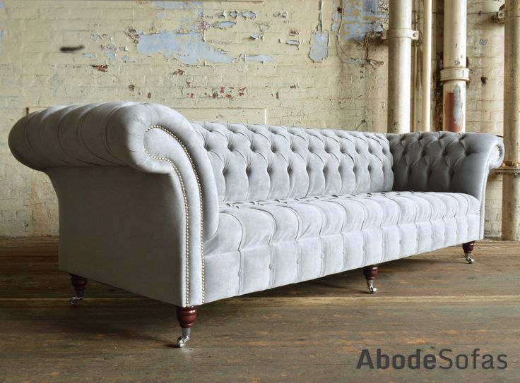 Modern British handmade Naples deep buttoned #Chesterfield #Sofa, shown in Silver Grey velvet. 4 seater | Abode Sofas