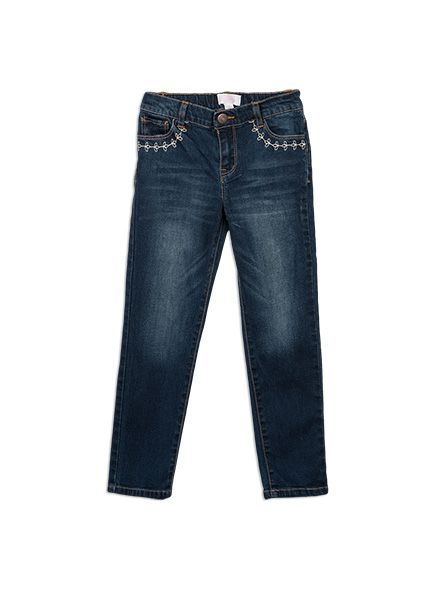 Made in a comfy stretch denim designed to be moved in, these jeans are a slim fit with embroidered detailing at front pockets.