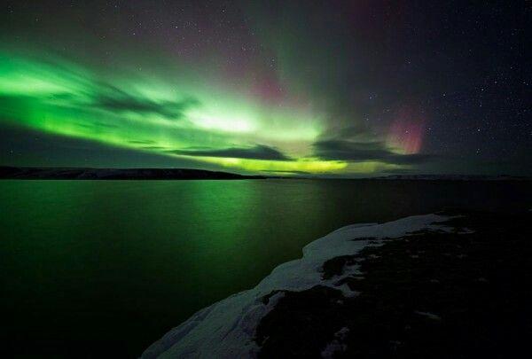 Highlands, Islandia.  Uno de los lugares soñados por cualquier persona del mundo, aquí el aire simplemente se te va debido a la belleza del lugar, el mejor lugar del mundo para poder ver una Aurora Boreal.