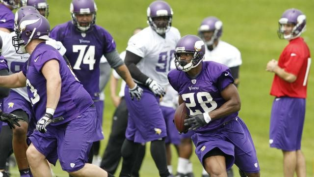 http://espn.go.com/blog/minnesota-vikings/post/_/id/19353/at-his-gym-in-houston-adrian-peterson-is-training-to-outrun-history