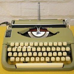 Vintage Impex Maria typewriter vintageactually.co.uk