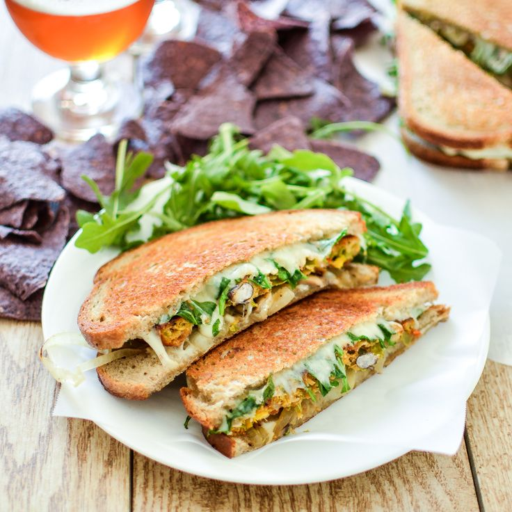 Vegetarian patty melts with chile relleno veggie burgers is a must-have weeknight dinner solution!