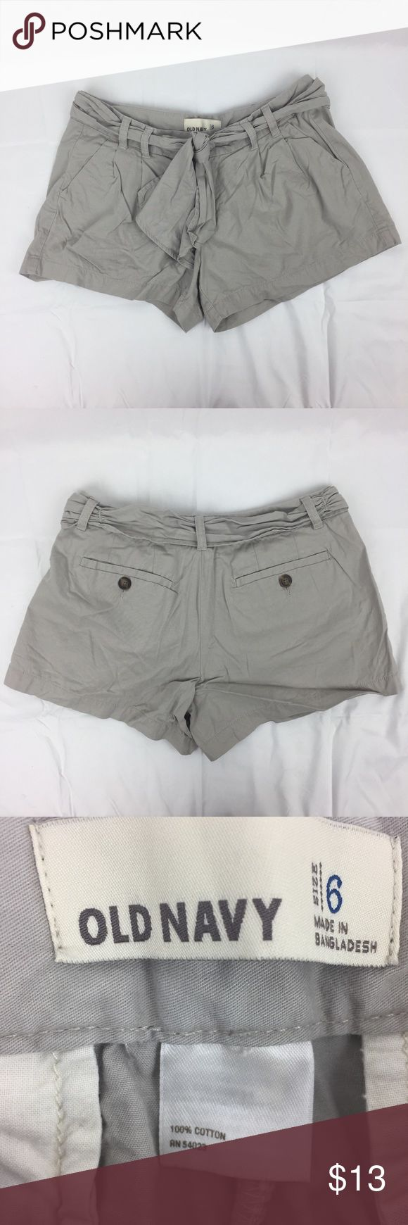 """Old Navy light gray shorts with self-tie belt Old Navy light gray shorts with self-tie belt  Condition:  EUC / no flaws noted   Waist = ~31"""" Rise (front) = ~8"""" Inseam = ~3.5"""" Old Navy Shorts"""
