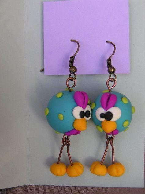 Les boucles pendantes: toutes les boucles peuvent être faites dans la couleur de votre choixelles sont livrées avec des petits...
