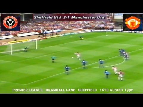 SHEFFIELD UNITED FC V MANCHESTER UNITED FC - 2-1 - 15TH AUGUST 1992 - BRAMHALL LANE. SHEFFIELD UNITED FC BEAT MANCHESTER UNITED FC 2-1 AT BRAMHALL LANE, SHEFFIELD ON THE 15TH AUGUST 1992. SCORERS: SHEFFIELD UNITED FC - BRIAN DEANE 5TH AND 50TH MIN (PEN).MANCHESTER UNITED FC - MARK HUGHES 61ST MIN. ATTENDENCE: 28,070. DION DUBLIN MADE HIS DEBUT FOR MANCHESTER UNITED FC AS A SUBSTITUTE COMING ON IN THE 68TH MIN.
