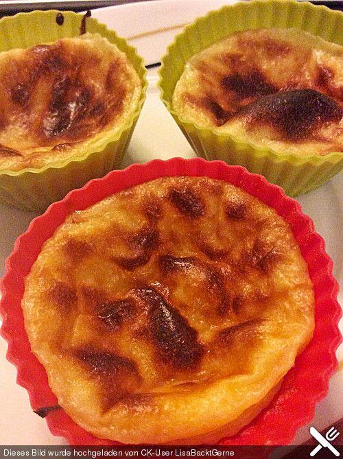 Pasteis De Nata   Angenehm Süß. BackenPortugiesische Küche EssenRezeptePortugalDessertsSchilder