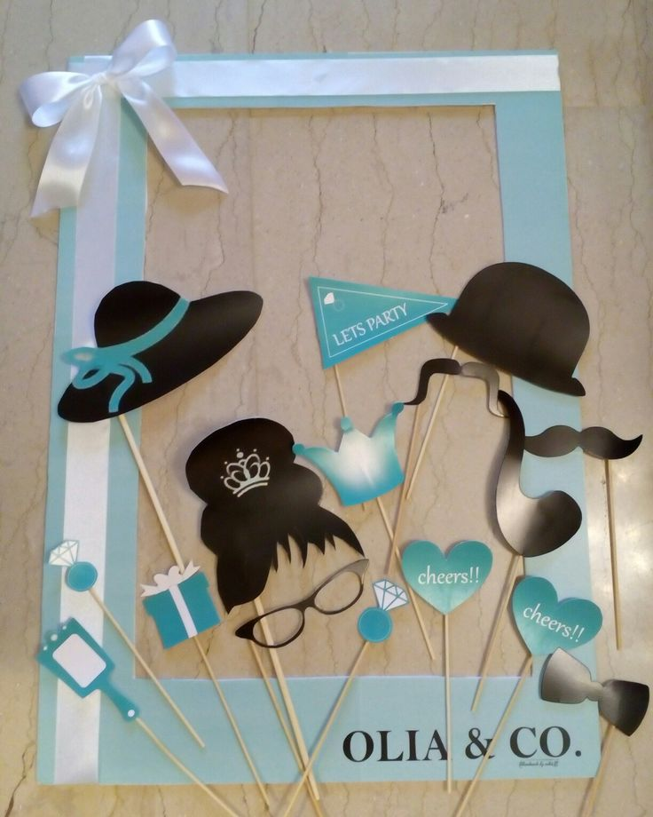 Tiffany's photo booth & props