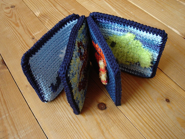 Darling crocheted book!  Free Ravelry  download.